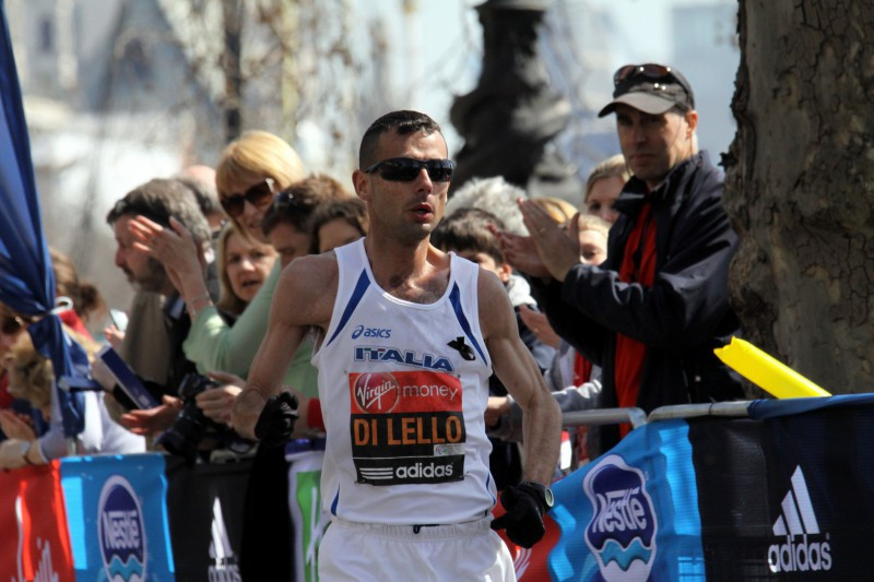 Alessandro_di_Lello_during_2013_London_Marathon_3.jpg