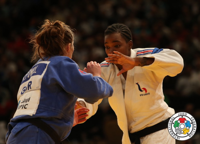 Judo-Audrey-Tcheumeo-Natalie-Powell.jpg