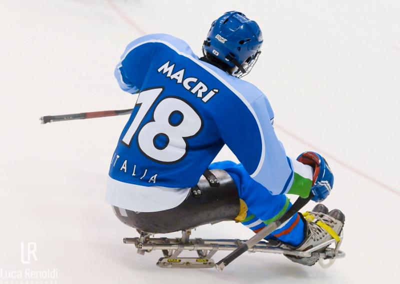 Paralimpiadi-Luca-Macrì-Ice-Sledge-Hockey-Luca-Renoldi-Photographer.png