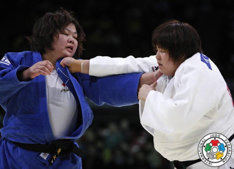 Judo-Kanae-Yamabe-Megumi-Tachimoto.jpg