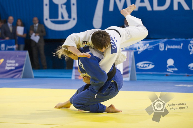 Judo-Giulia-Cantoni-Esther-Stam-EJU.jpg