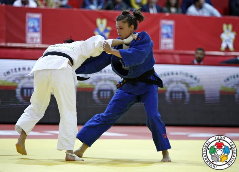 Judo-Valentina-Moscatt-Kristina-Rumyantseva-IJF.jpg