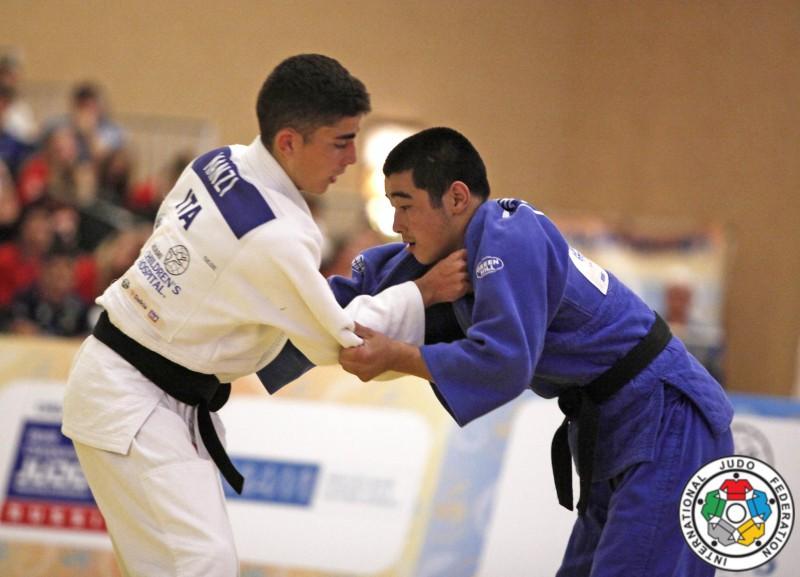Judo-Elios-Manzi-Bauyrzhan-Zhauyntayev-IJF.jpg