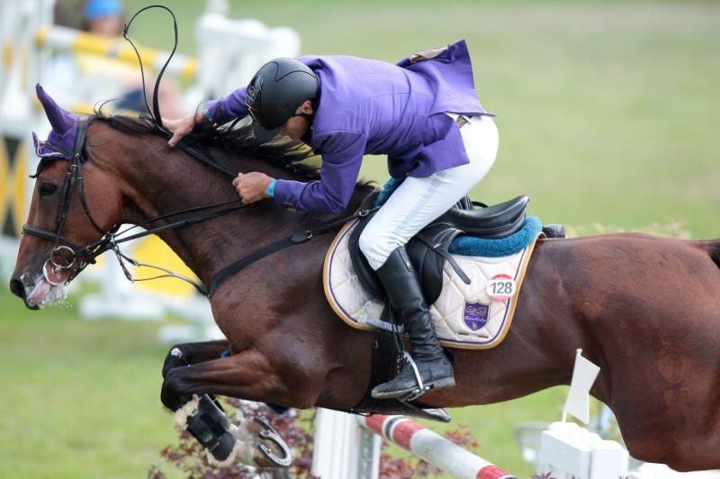 Equitazione-salto-Roberto-Arioldi.jpg