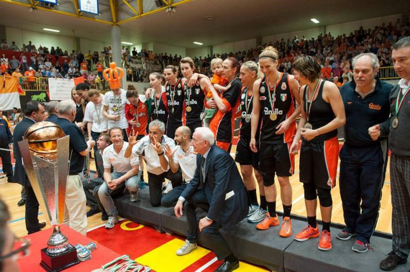 basket-femminile-famila-schio-scudetto-2014-fb-schio.jpg