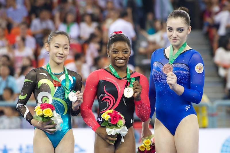 Biles-Mustafina-Bai-Yawen-Mondiali-ginnastica.jpg