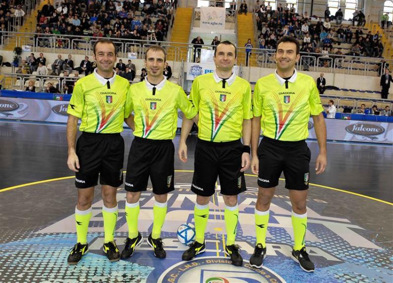 Calcio-a-5_Arbitri_divisione.jpg
