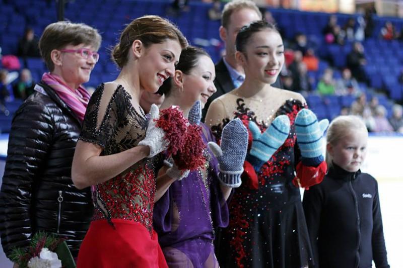 Elizaveta-Tuktamysheva-Samantha-Cesario-Rika-Hongo-pattinaggio-artistico-pagina-finalnd-trophu-espoo-fb.jpg