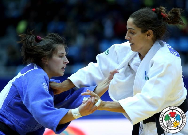 Judo-Giulia-Quintavalle-Jovana-Rogic-IJF.jpg