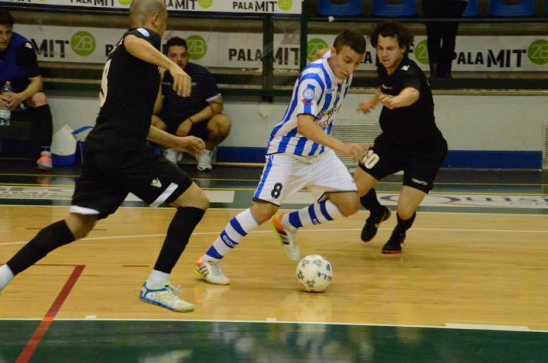 Pescara-Kaos-Futsal-calcio-a-5-pagina-facebook-divisione-calcio-a-5.jpg