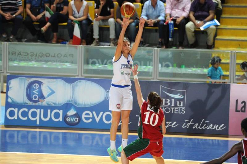 basket-chiara-consolini-italia-fb-ufficiale-fip-foto-ciamillo.jpg