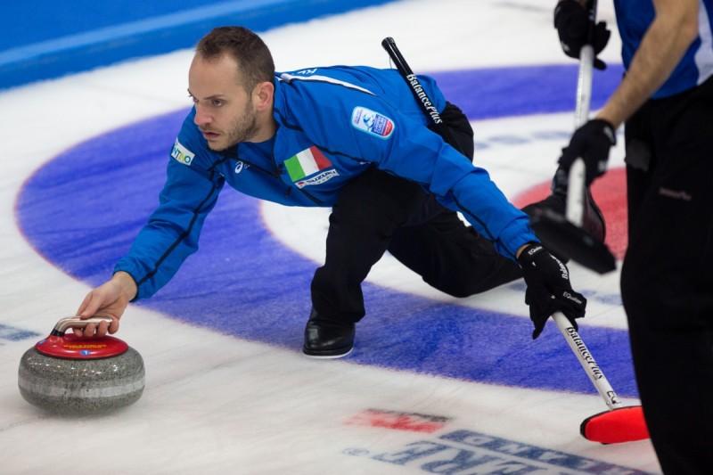 Curling-Joel-Retornaz-ECC.jpg