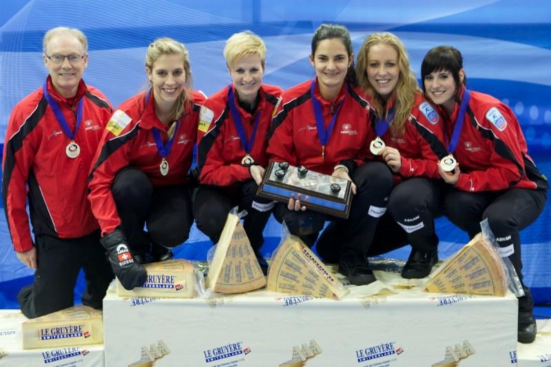 Curling-Svizzera-Binia-Feltscher.jpg