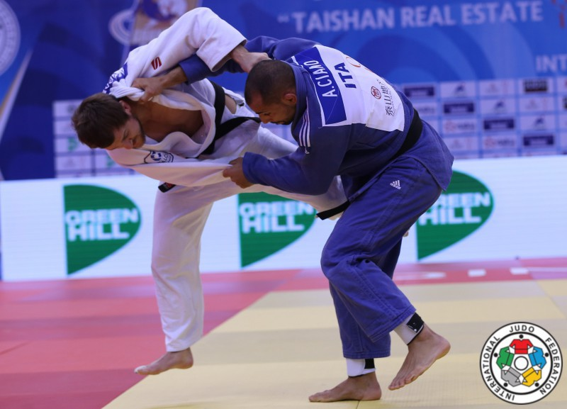 Judo-Antonio-Ciano-Sirazhudin-Magomedov-IJF.jpg