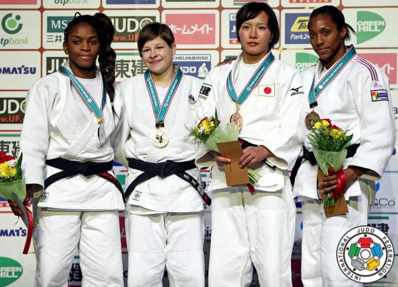 Judo-Tina-Trstenjak-Edwige-Gwend.jpg
