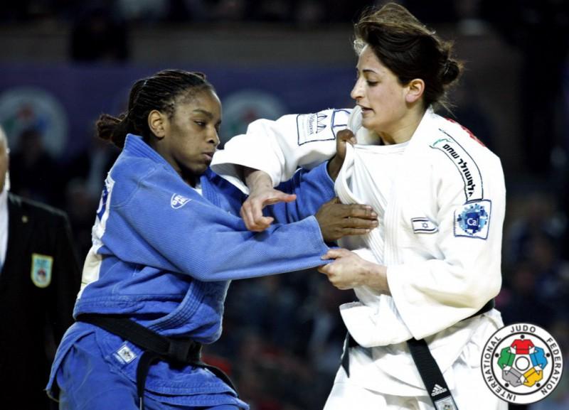 Judo-Yarden-Gerbi-Edwige-Gwend-IJF.jpg