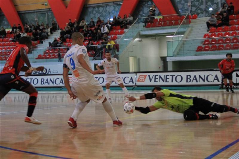 divisione-calcio-a-5_Luparense.jpg