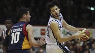 Basket, Caserta verso un anno senza basket. La lettera del Ministro dello Sport al sindaco della città