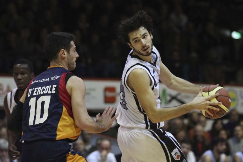 Basket-Serie-A-Caserta-e-Roma-Gianfranco-Carozza.jpg