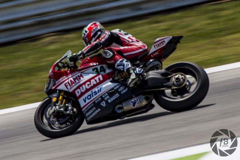 Davide-Giugliano-Ducati-Superbike-Fabio-Bosi.jpg