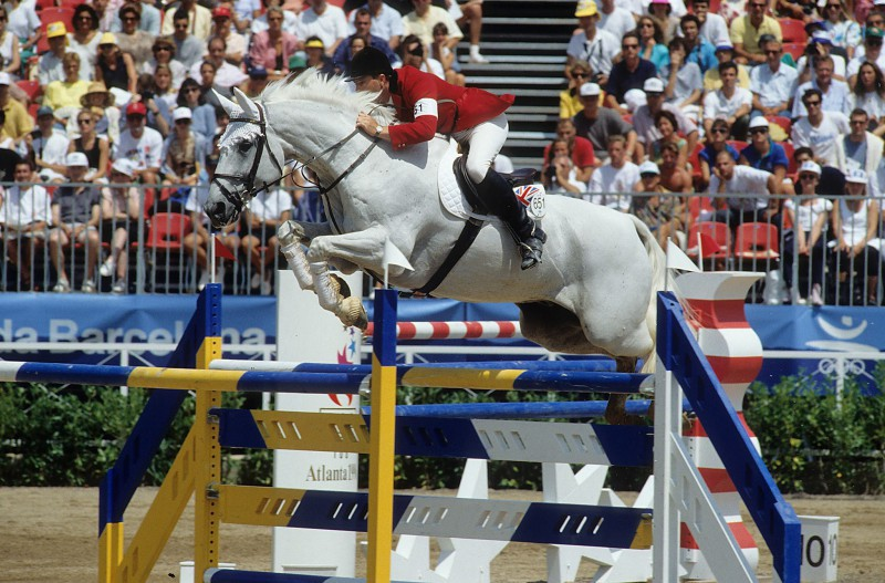 Equitazione-John-Whitaker-FB.jpg
