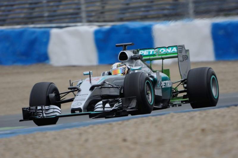 F1-Hamilton-2-Giancarlo-Cattagni.jpg