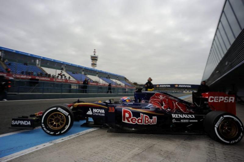 F1-Toro-Rosso-Vesrstappen-Giancarlo-Cattagni.jpg