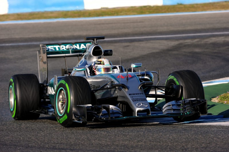 Hamilton-Mercedes-FOTOCATTAGNI1.jpg