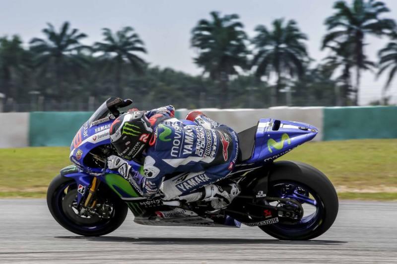 Lorenzo-MotoGP-Libera-a-fini-editoriali.jpg