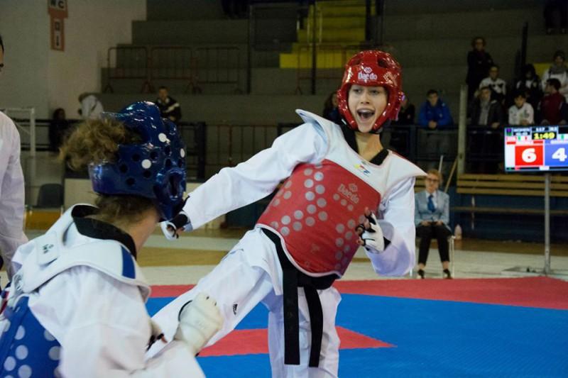 Erica-Nicoli-taekwondo-foto-sua-fb.jpg