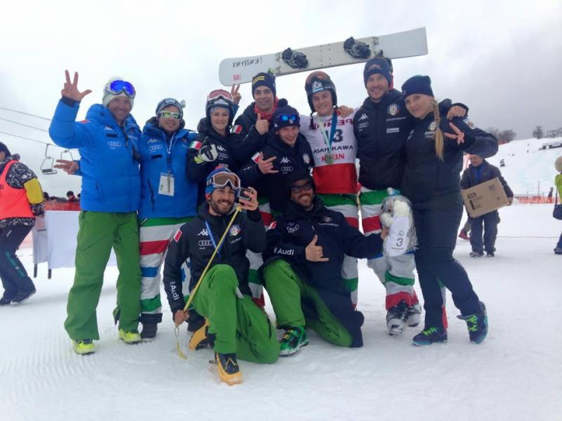 Mirko-Felicetti-con-Italia-snowobard-parallelo-snowboard-foto-facebook-cesare-pisoni.jpg
