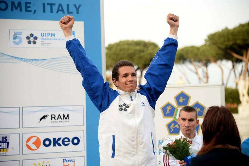 Petroni-podio.jpg