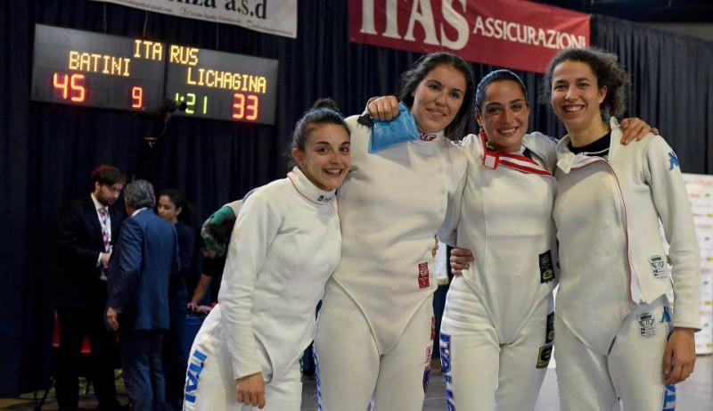 Spada-femminile-Italia-under-23-scherma-foto-da-augusto-bizzi-federscherma.jpg