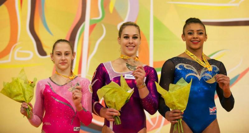 Steingruber-Kharenkova-Downie-podio-Europei-2015-ginnastica.jpg
