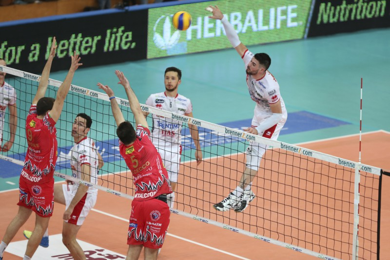 SuperLega-Lanza.jpg