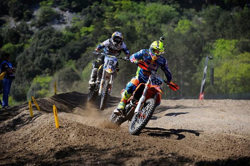 Tony-Cairoli-e-Nagl-Motocross-FOTOCATTAGNI1.jpg