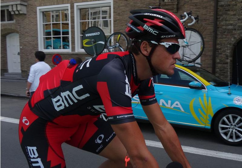 Van-Avermaet-Jérémy-Günther-Heinz-Jähnick-Diksmuide-Ronde-van-België-etappe-3-individuele-tijdrit-30-mei-2014-A044-Wikimedia-Commons-Cc-by-sa-3.0.png