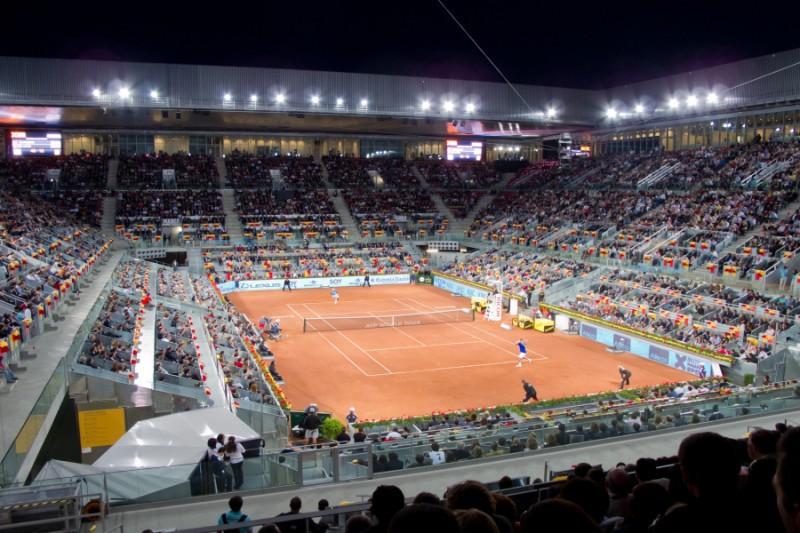 Caja_Mágica_-_Madrid_Open_2011_-_Feliciano_López_vs_Roger_Federer1.jpg