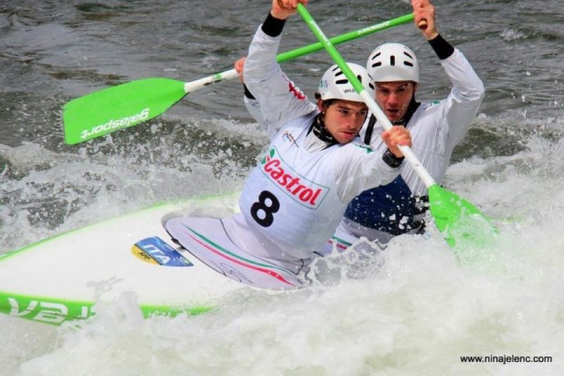 Camporesi-Ferrari-canoa-slalom-foto-fb-loro.jpg