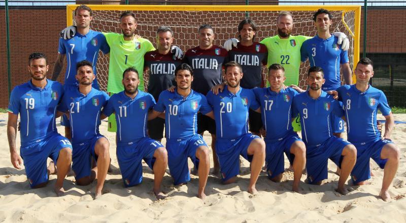 Foto-di-gruppo-1-Nazionale-Beach-Soccer-FIGC1.jpg