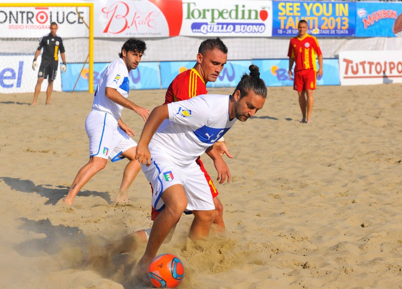 Italia-Romania-beach-soccer-worldwide.jpg