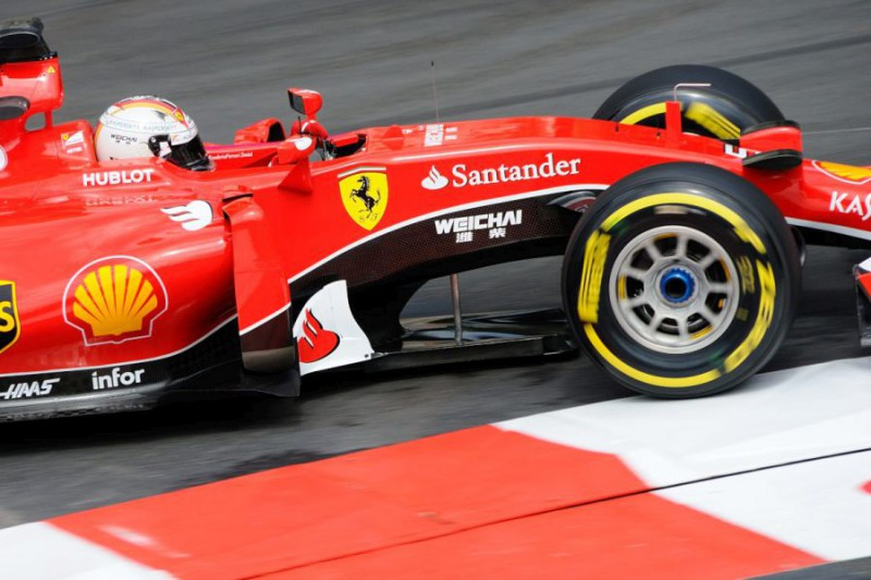 Vettel-Ferrari-Mtc2-FOTOCATTAGNI.jpg