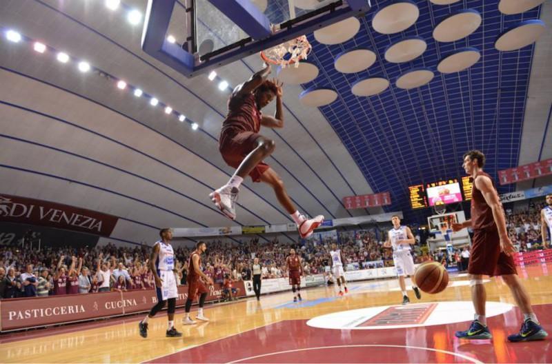 basket-umana-venezia-fb-reyer-venezia.jpg