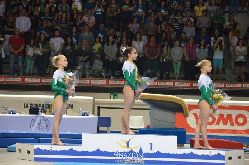 podio-4-nazioni-ginn-palavela.jpg