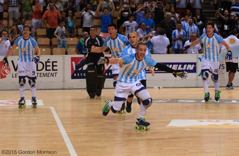 Argentina_hockey_pista_Gordon_Morrison.jpg