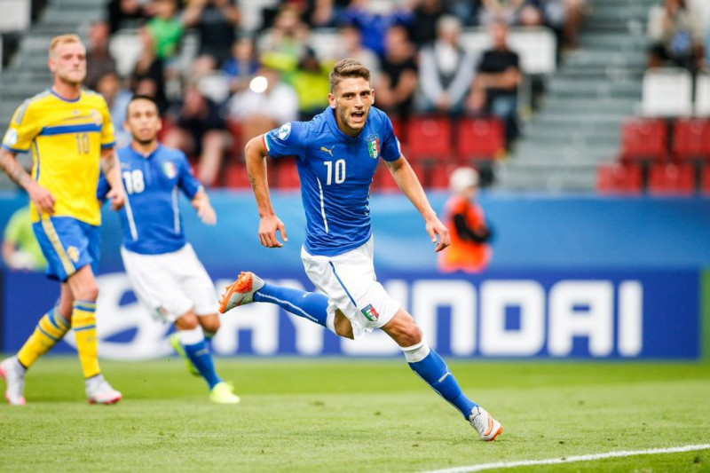 Pellegrini e Petagna stendono la Danimarca, contestato Gigio