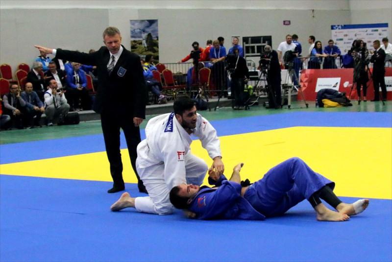 Judo-Karim-Gharbi.jpg