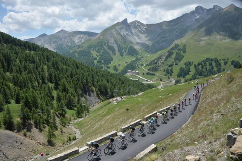 Alpi-Tour-de-France-Pagina-FB-Tour-Papon-Bernard.jpg