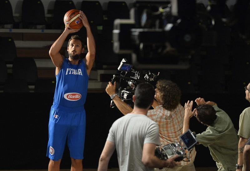 Belinelli-basket-foto-ricevuta-da-ufficio-stampa-sky.jpg