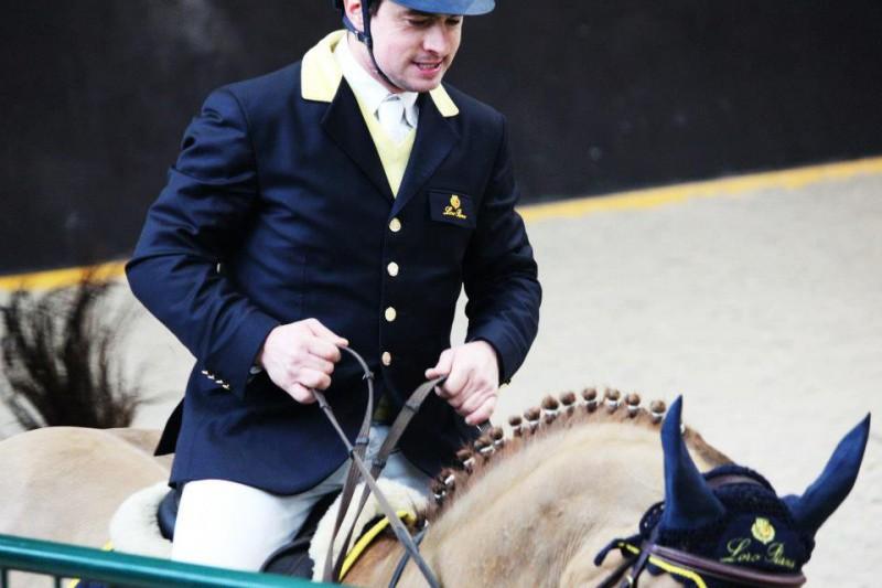 Equitazione-Massimiliano-Ferrario-FB.jpg
